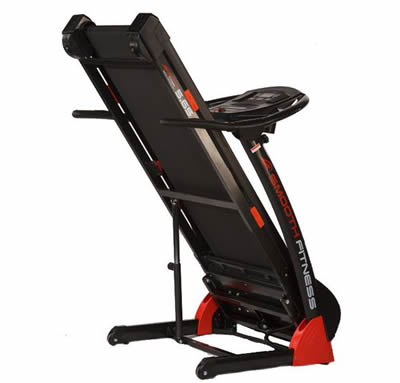 Smooth 5.65 Treadmill folding - Review by RunReviews